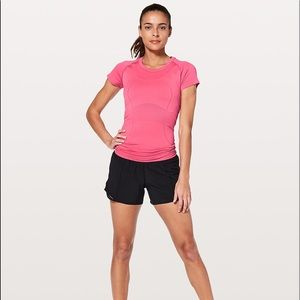 lululemon athletica Tops - Lululemon Swiftly Tech Tee